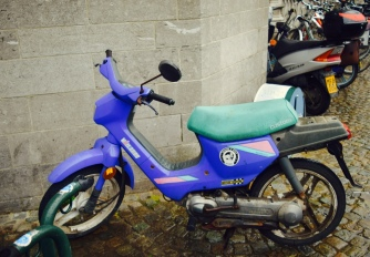 How cool is this scooter? So eighties. So funky.