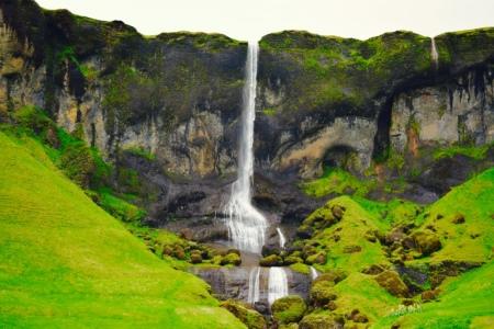 Impressive waterfalls.
