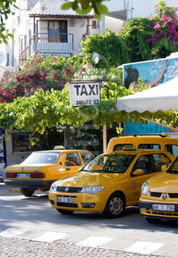 Be careful when you choose a taxi in Turkey!!
