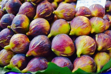 a) I love figs b) I needed to create order in all the chaos of the market c) I love figs