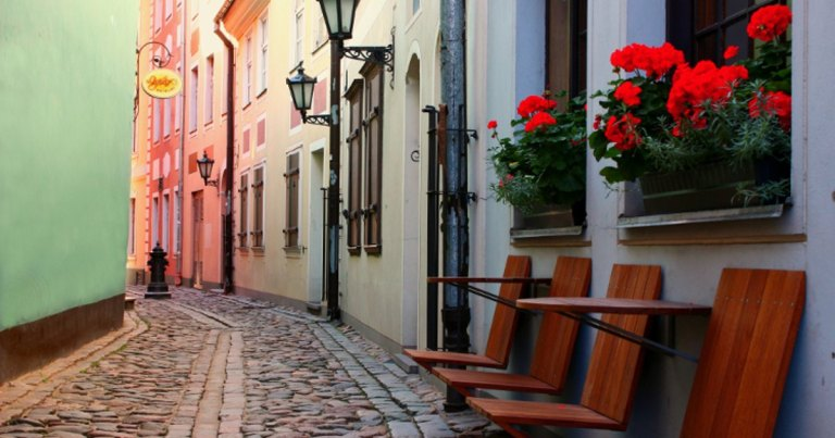 old-town-riga_750_cs
