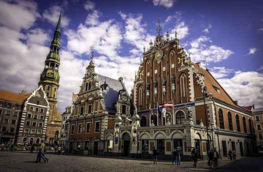 House_of_Blackheads_Riga_Latvia