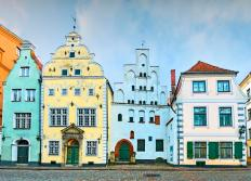 medieval-buildings-three-brothers-old-riga-city-latvia-was-european-capital-culture-famous-architecture-50396392-2